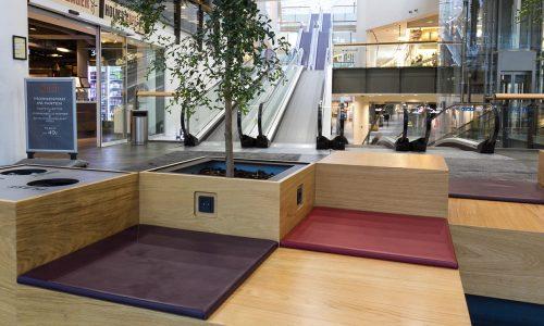 Indretning med møbler i butikscenter